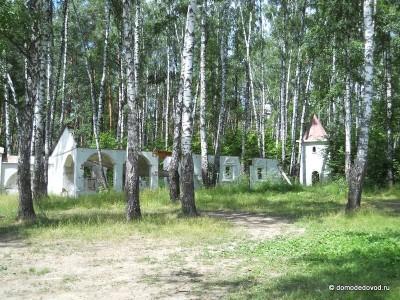 Остатки декораций под Домодедово