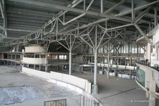 Здание строящегося терминала