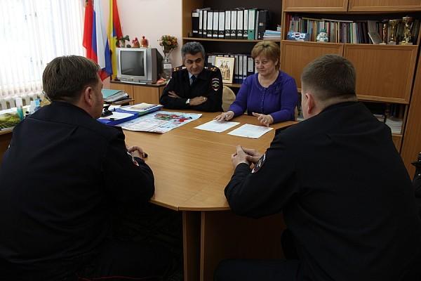 Домодедовские полицейские посетили детский дом им. Талалихина (4)