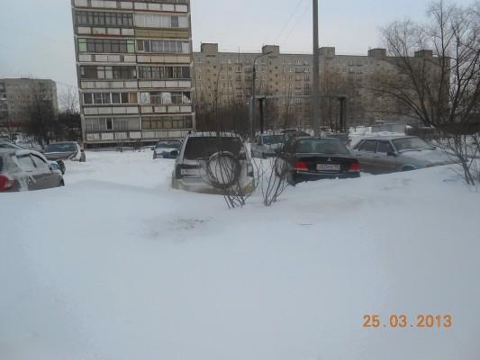 Снегопад 25 марта 2013 года. Домодедово, микрорайон Авиационный.