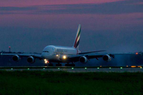 Airbus A380 в Домодедово