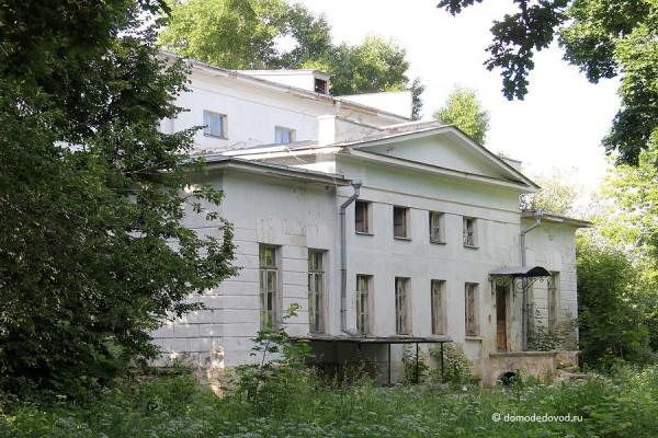 Усадьба Константиново. Главный дом.