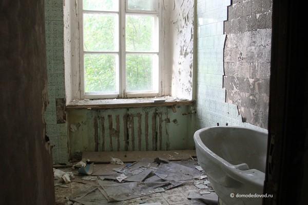 Ванная комната в усадьбе Константиново