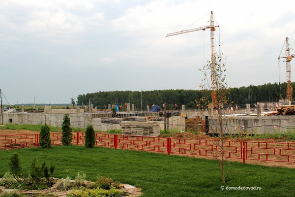Строительная площадка МОСТ-11 в микрорайоне Западный