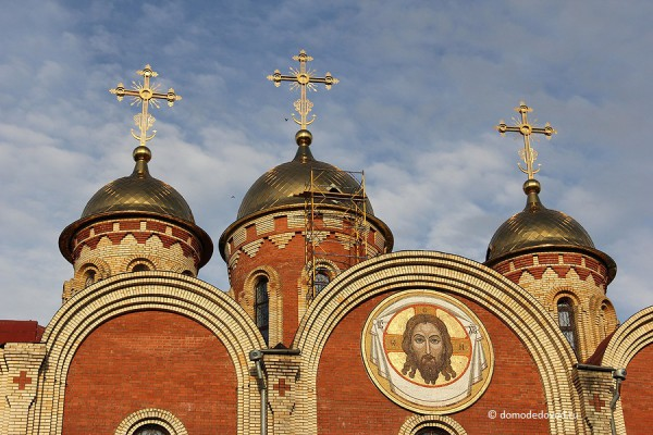 Кресты на православном храме