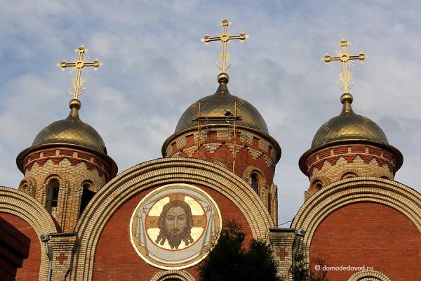 Собор Всех Святых, в земле Российской просиявших. Работы по замене куполов