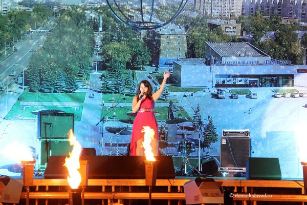 Жанна Кожухова начала выступление с песни на украинском языке