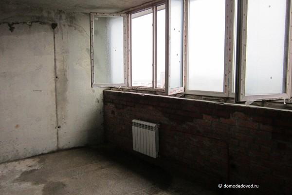 Квартира. Окна не закрываются.
