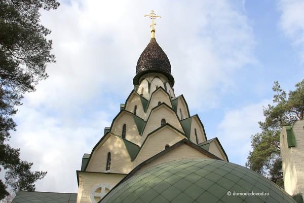 Главный храм монастыря в Битягово