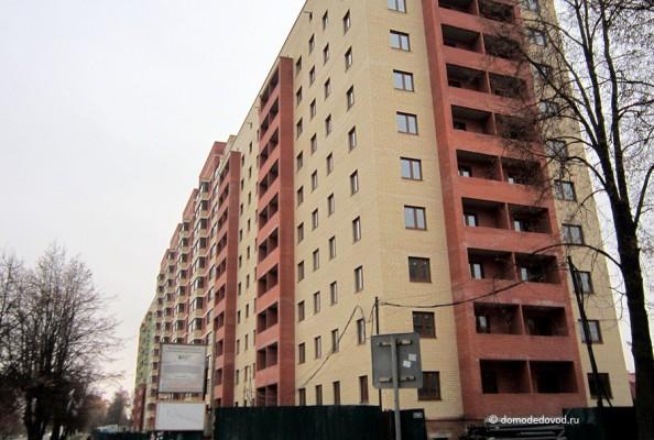 Дом на Советской МОСТ-11 в Домодедово. Вид с ул. Совестской