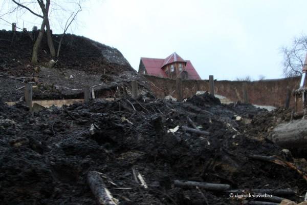 Оползень в деревне Судаково