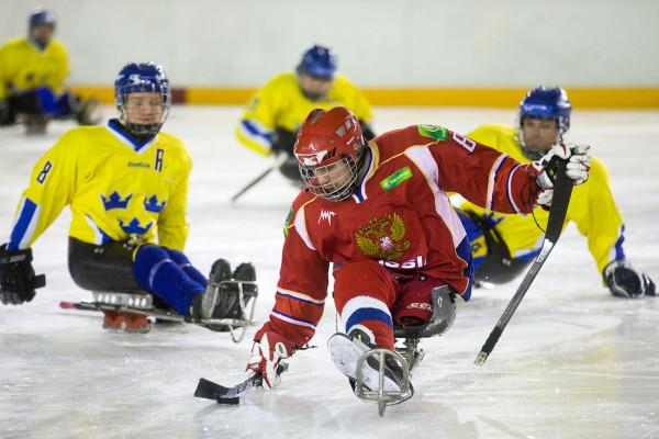 Нападающий, капитан сборной России по следж-хоккею  Дмитрий Лисов. Фото: © drugoi (Рустем Адагамов)