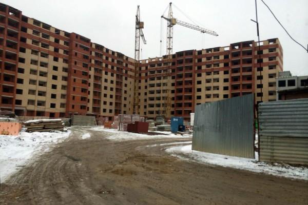 Стройка ООО «ПКФ «Гюнай» в микрорайоне Авиационный