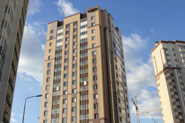 Корпус 18. Красивая башня с нежилыми помещениями на первом этаже
