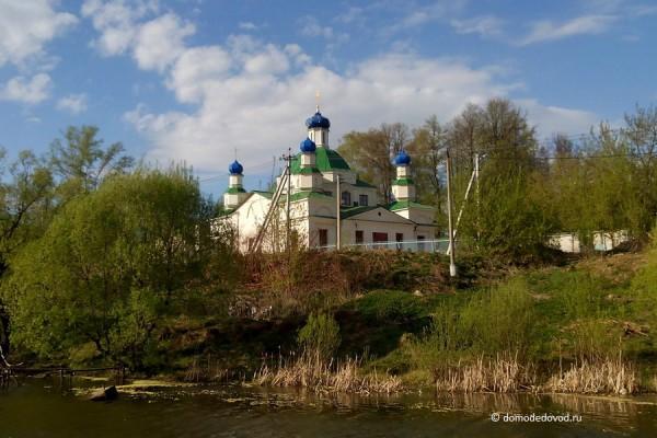 Храм Иоанна Предтечи в селе Данилово