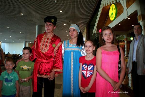 Ёлки-палки в аэропорту Домодедово