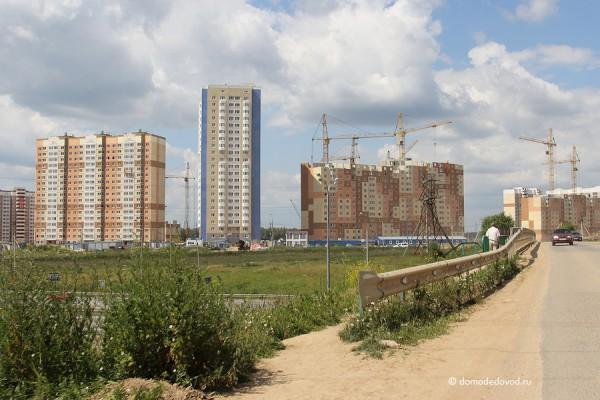 Микрорайон Южное Домодедово. Вид с дороги