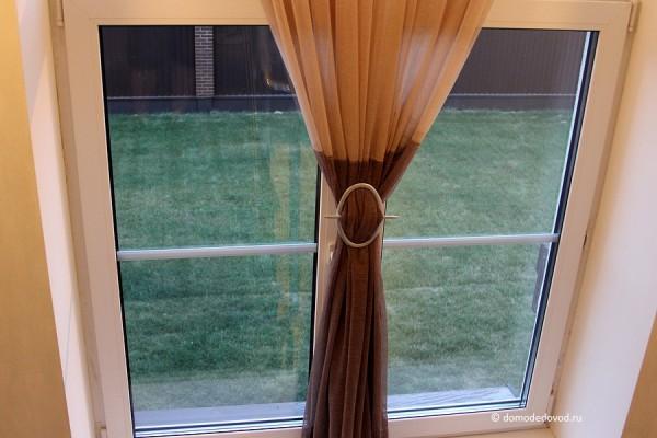 «Юсупово Лайф Парк». Вид на лужайку из окна в коридоре