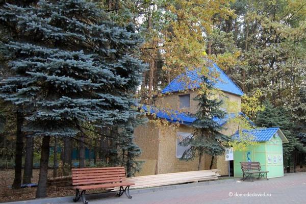 """Театральная галерея в парке """"Ёлочки"""""""