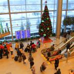Новогодняя ёлка в аэропорту Домодедово