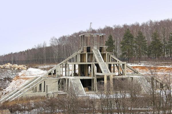 Пирамида в Домодедово около села Никитское