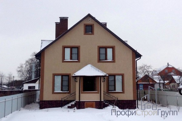 Двухэтажный жилой дом в д. Калиновка