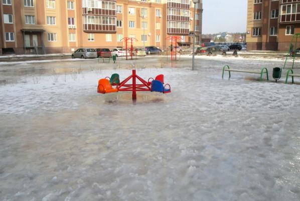 Детская площадка в Новом Домодедово