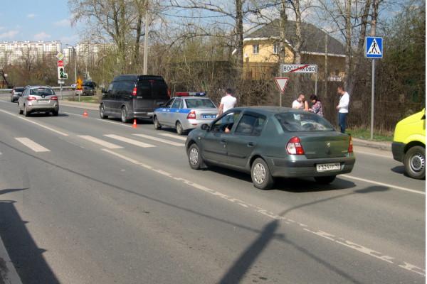 На повороте в Востряково сбили пожилую женщину
