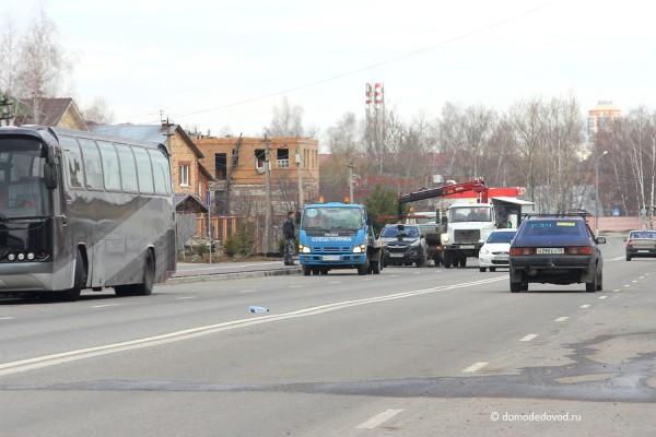 Эвакуация автомобилей на улице Лунная