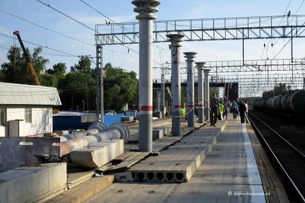Строительные работы на станции Авиационная