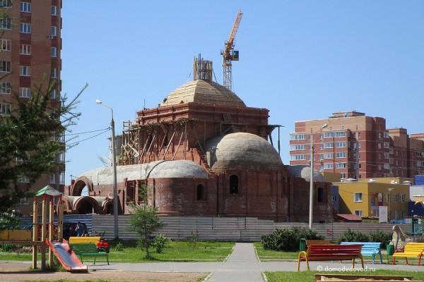 Строительство храма в Дружбе