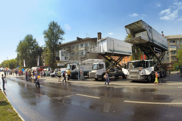 Техника аэропорта Домодедово на дне города Домодедово