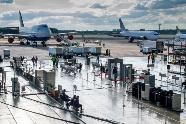 Управлять аэропортом: в Домодедово стартовала деловая игра SkyGame Practicе