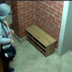 Распространитель листовок украл скамейку
