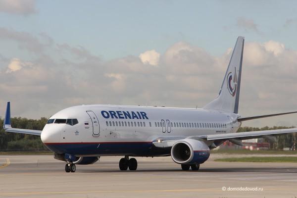 Самолет авиакомпании Orenair