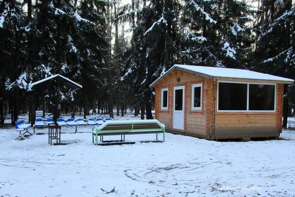 Шашлычная площадка в парке