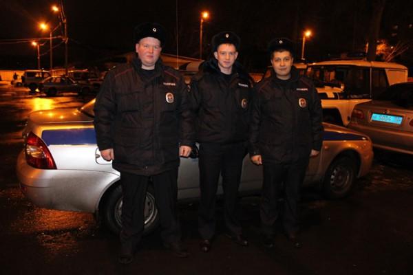Сотрудники УМВД России по г.о. Домодедово спасли мужчину во время пожара