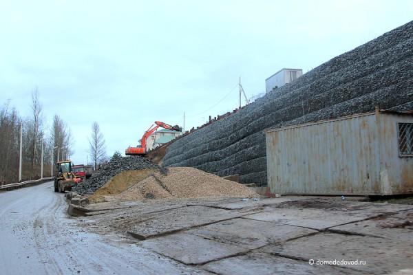 Устройство новой подпорной стены в д. Судаково
