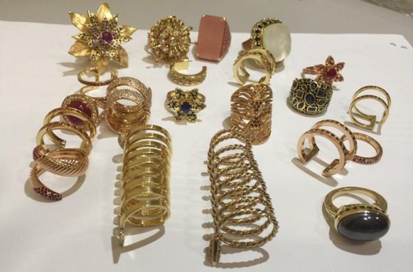Контрабандные украшения
