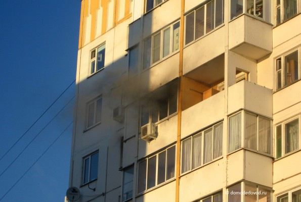 Дым из окна