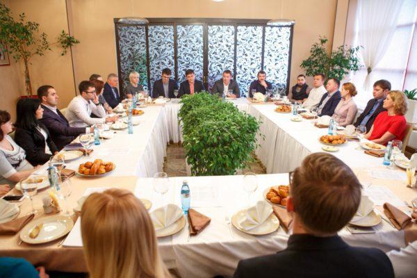 Руководитель администрации Домодедово провел бизнес-завтрак с предпринимателями