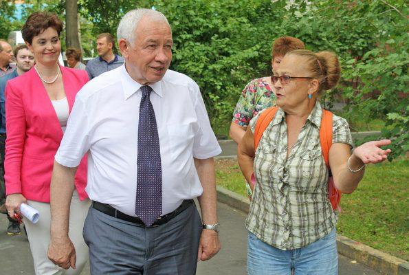 Ковалевский осмотрел благоустройство Домодедово