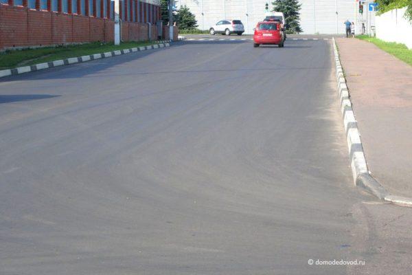 Разметка на улице Корнеева (7)