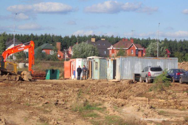 "В Южном микрорайоне Домодедово строят ритейл-парк ""Ашан"""