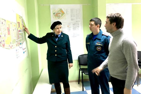 Главгосстройнадзор и МЧС проверили строительство стоянки в Новом Домодедово