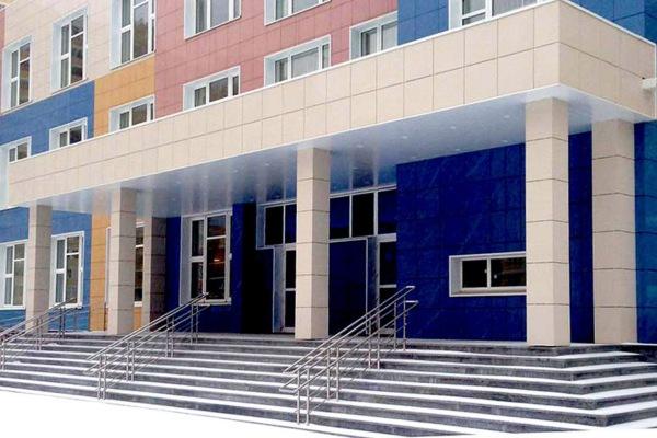 Школа в микрорайоне Западный