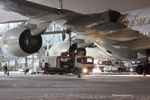 Airbus A-380 в аэропорту Домодедово