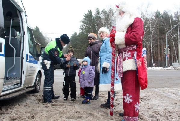 """""""Безопасный Новый год"""" с полицейскими"""