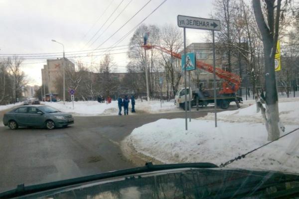 На пересечении улиц Зеленая и Талалихина появилось освещение