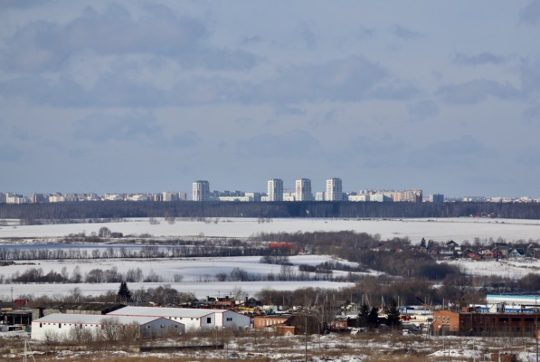 Виды Москвы с домодедовских крыш